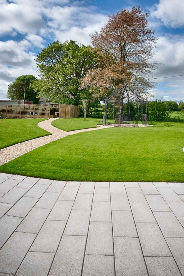 Maddie Dineen Garden Design 160138
