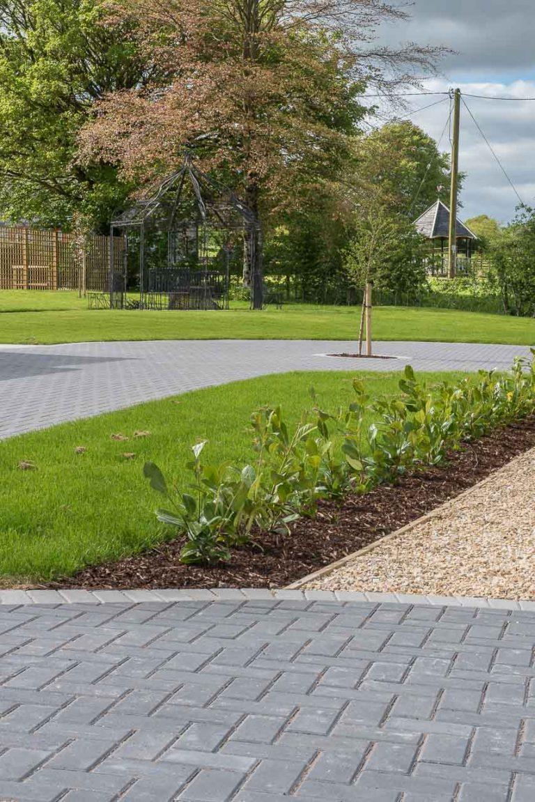 Maddie Dineen Garden Design 161019