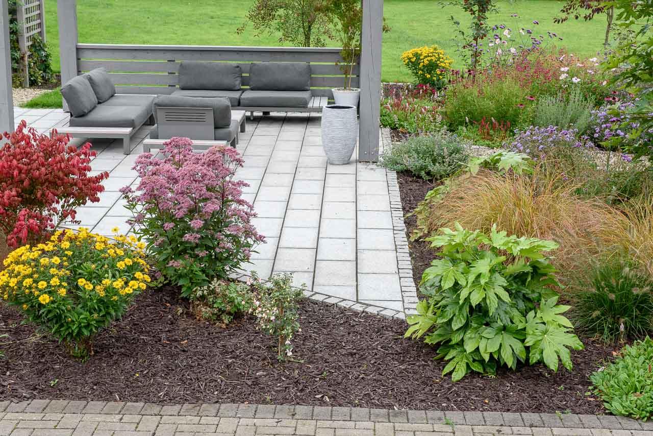 Maddie Dineen Garden Design Testimonials Slide 1